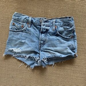 Levi denim jean shorts